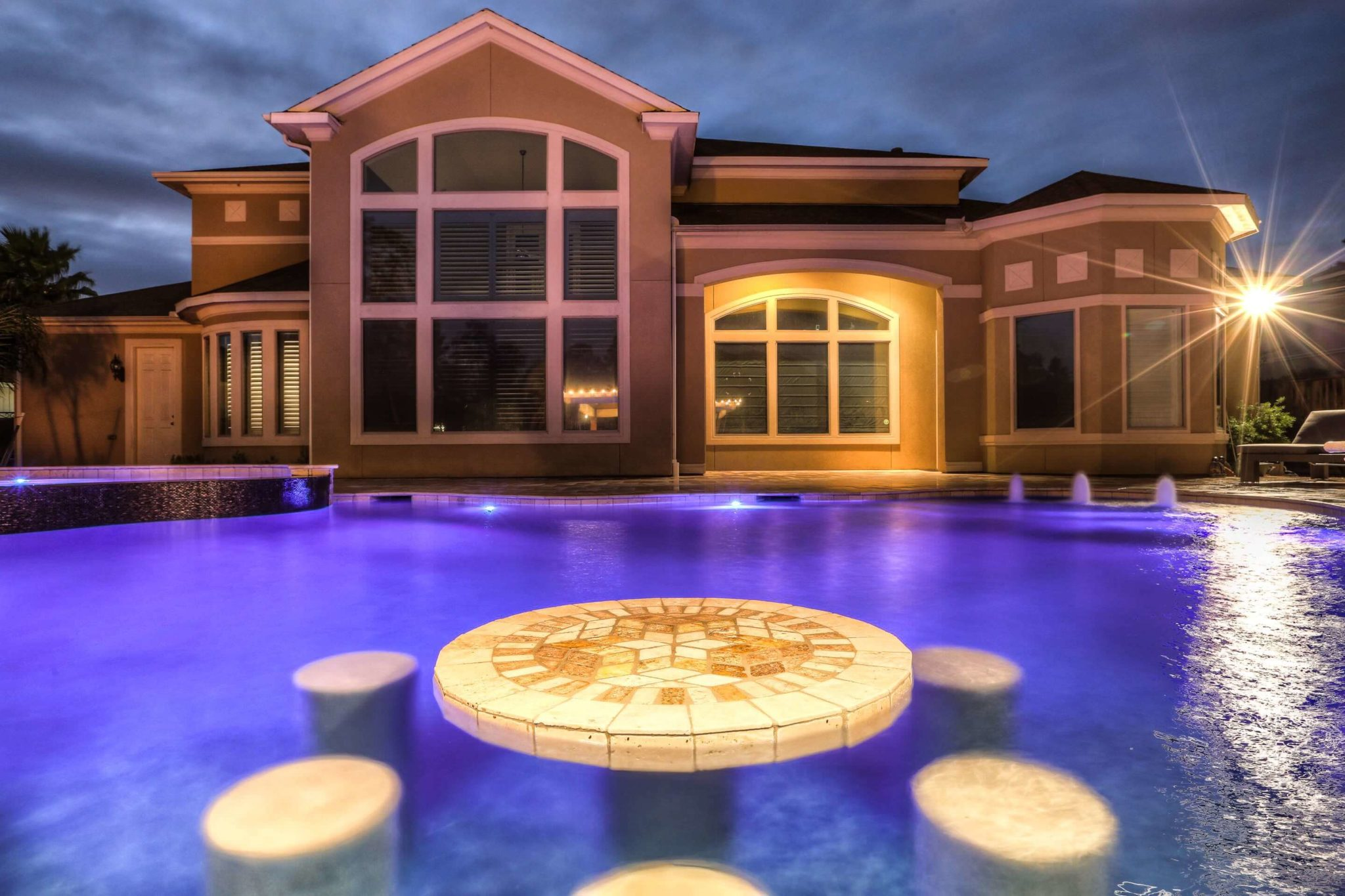Pool builders spring tx top 50 swimming pool contractor for Pool design usa