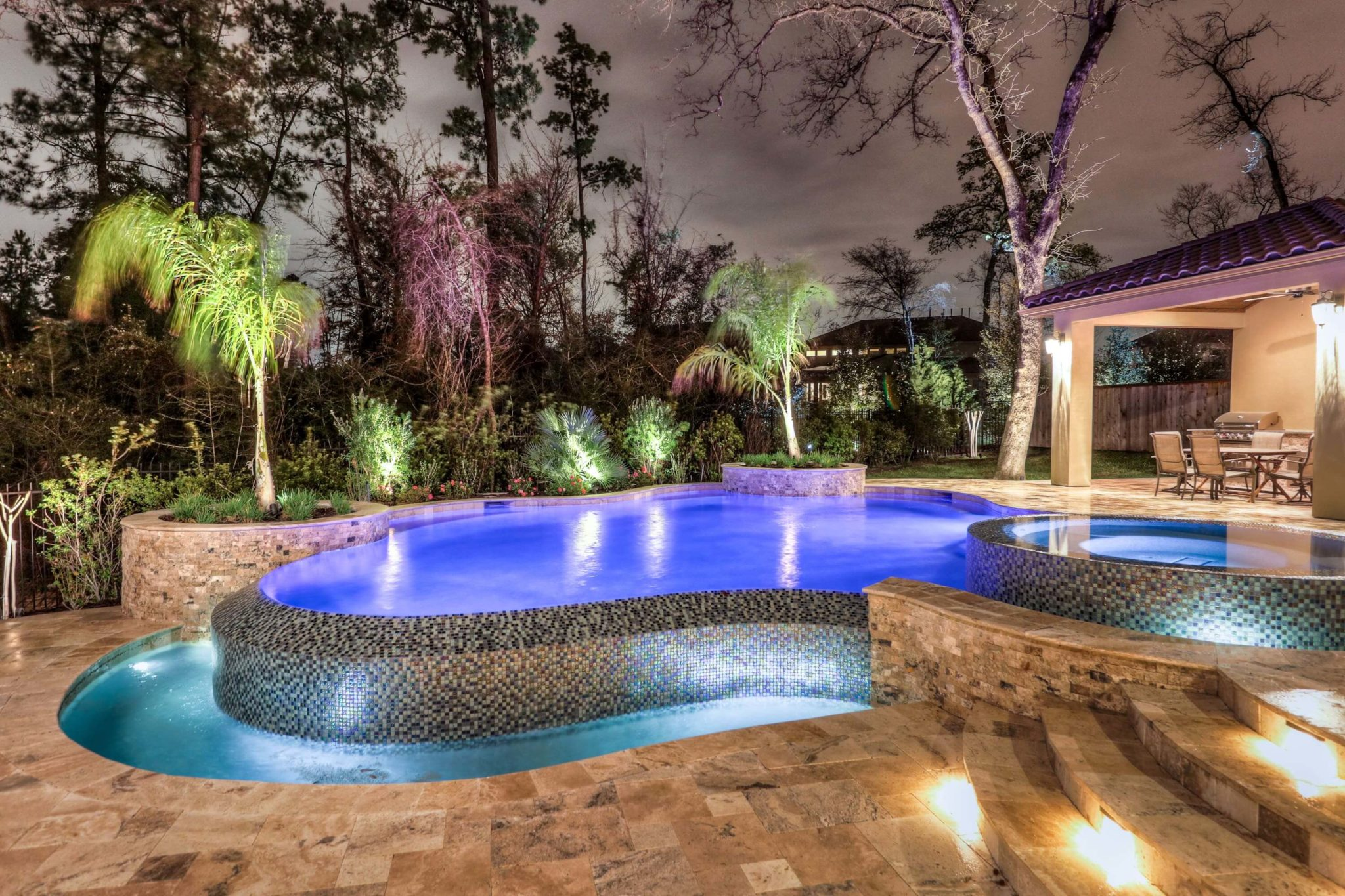 Water features regal pools the woodlands tx for Pool design hours